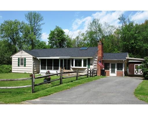 独户住宅 为 销售 在 17 Jones Road Pelham, 马萨诸塞州 01002 美国