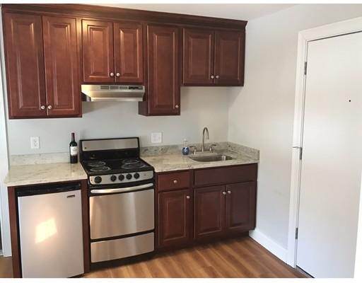 独户住宅 为 出租 在 20 Fort Street 昆西, 马萨诸塞州 02169 美国