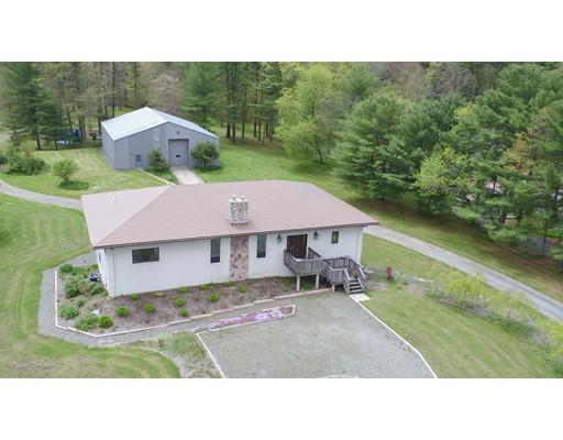独户住宅 为 销售 在 157 Padelford Street Berkley, 马萨诸塞州 02779 美国
