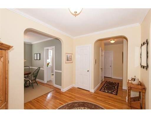 Additional photo for property listing at 1490 Beacon Street  Brookline, Massachusetts 02446 Estados Unidos