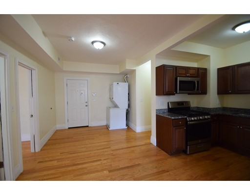 Additional photo for property listing at 20 Wardman Street  Boston, Massachusetts 02119 Estados Unidos