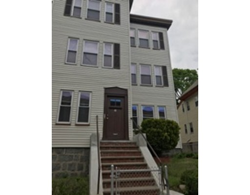 Casa Unifamiliar por un Alquiler en 111 Maxwell Street Boston, Massachusetts 02124 Estados Unidos