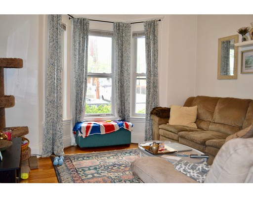 Additional photo for property listing at 28 Hews Street  Cambridge, Massachusetts 02139 Estados Unidos