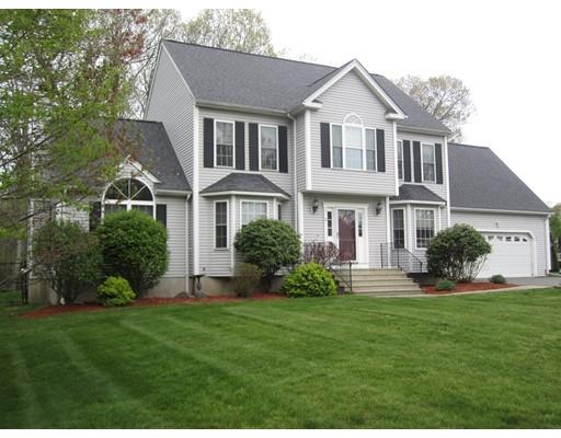 واحد منزل الأسرة للـ Sale في 30 Larkin Lane Hopedale, Massachusetts 01747 United States