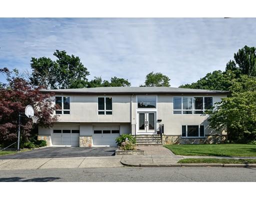 Casa Unifamiliar por un Alquiler en 60 Nardell Road Newton, Massachusetts 02459 Estados Unidos