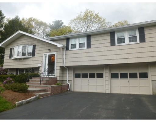 Casa Unifamiliar por un Venta en 88 Westover Pkwy Norwood, Massachusetts 02062 Estados Unidos
