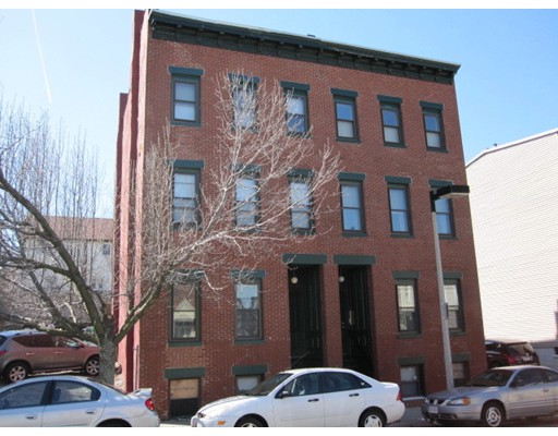 Additional photo for property listing at 281 West Third Street  Boston, Massachusetts 02127 Estados Unidos