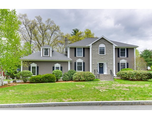 Single Family Home for Sale at 17 Michael Drive Burlington, Massachusetts 01803 United States