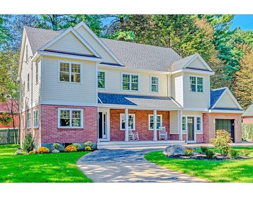 独户住宅 为 销售 在 1 Locksley Road 林菲尔德, 马萨诸塞州 01940 美国