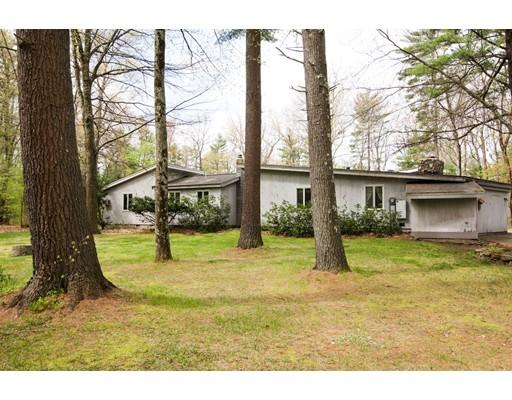 Casa Unifamiliar por un Venta en 207 Gratuity Road Groton, Massachusetts 01450 Estados Unidos