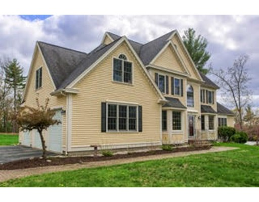 Single Family Home for Sale at 116 Houghton Lane Boxborough, Massachusetts 01719 United States