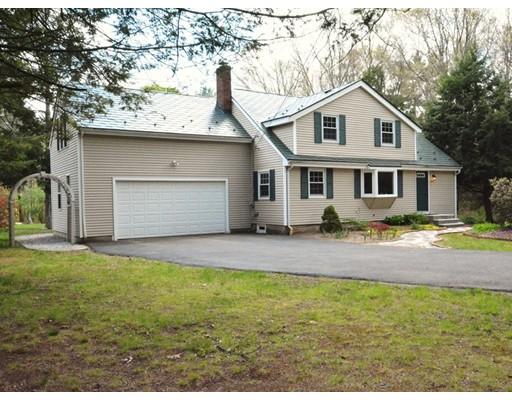 Single Family Home for Sale at 386 E Foxboro Street 386 E Foxboro Street Sharon, Massachusetts 02067 United States