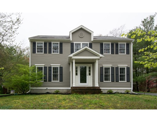 Single Family Home for Sale at 35 Millbrook Drive Rockland, Massachusetts 02370 United States