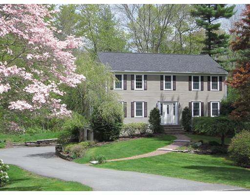 Single Family Home for Sale at 19 Carriage House Drive Lakeville, Massachusetts 02347 United States