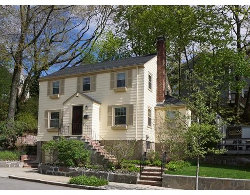 31 Northbourne Rd, Boston, MA 02130