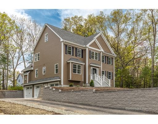 独户住宅 为 销售 在 8 Dunton Road Wilmington, 马萨诸塞州 01887 美国
