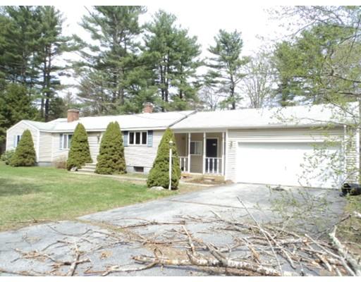 Maison unifamiliale pour l Vente à 82 Rhode Island Line Road Putnam, Connecticut 06260 États-Unis
