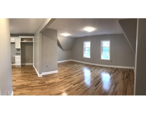 Additional photo for property listing at 30 Cypress Street  沃特敦, 马萨诸塞州 02472 美国