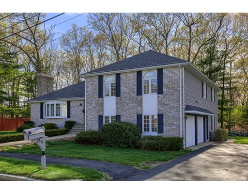 19 Old Colony Drive, Wakefield, MA 01880