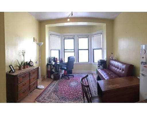 独户住宅 为 出租 在 40 ST BOTOLPH 波士顿, 马萨诸塞州 02116 美国