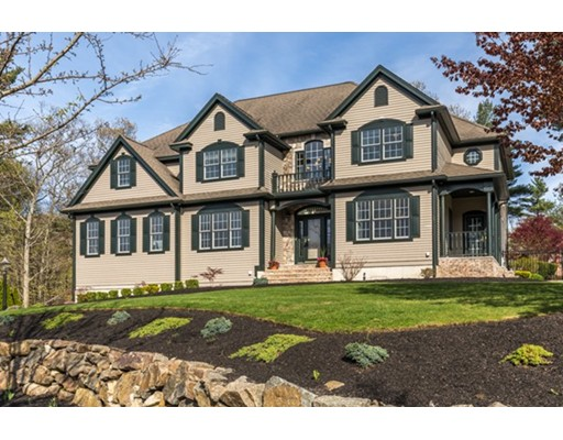 11 Birch Woods Dr, Beverly, MA 01915