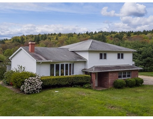 Single Family Home for Sale at 310 Cold Spring Road Belchertown, Massachusetts 01007 United States