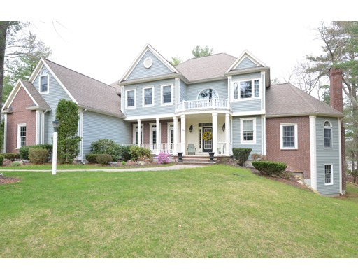 Single Family Home for Sale at 39 High Ridge Circle Franklin, Massachusetts 02038 United States