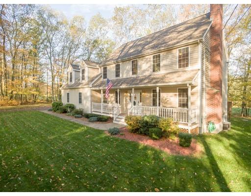 Частный односемейный дом для того Продажа на 5 Club Lane Burrillville, Род-Айленд 02830 Соединенные Штаты