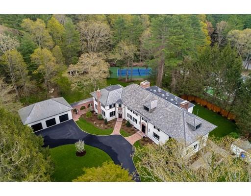 Maison unifamiliale pour l Vente à 1242 South Street Needham, Massachusetts 02492 États-Unis