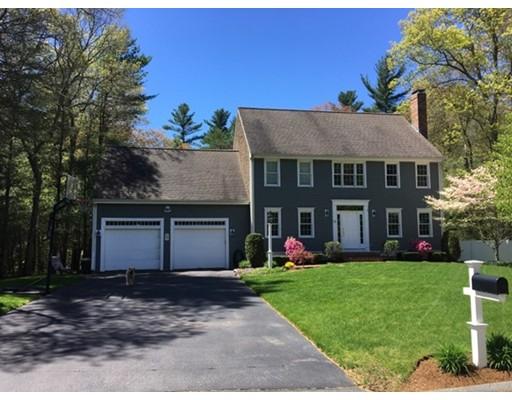Casa Unifamiliar por un Venta en 11 Bramblewood Street Bridgewater, Massachusetts 02324 Estados Unidos