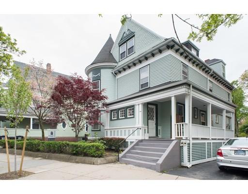 واحد منزل الأسرة للـ Sale في 1522 Cambridge Street Cambridge, Massachusetts 02139 United States