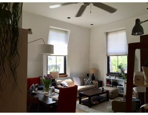 Casa Unifamiliar por un Alquiler en 130 Appleton Boston, Massachusetts 02116 Estados Unidos