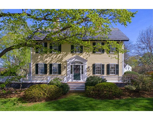 Single Family Home for Sale at 2 Chestnut Hill Road Southborough, Massachusetts 01772 United States