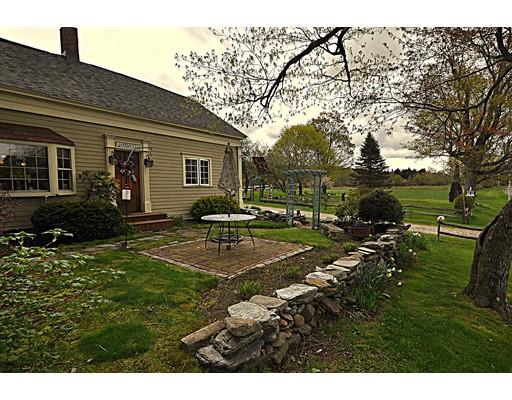 Single Family Home for Sale at 140 Skyline Trail Middlefield, Massachusetts 01243 United States