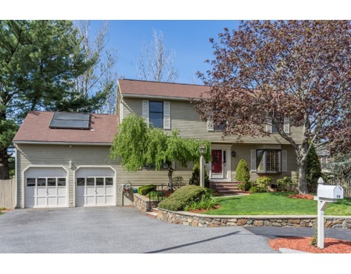 Single Family Home for Sale at 10 Lilah Circle Wakefield, Massachusetts 01880 United States
