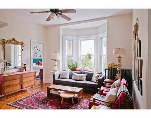 9 Radcliffe Road 1, Somerville, MA 02145