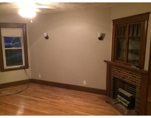 Casa Unifamiliar por un Alquiler en 76 Westmoreland Street Boston, Massachusetts 02124 Estados Unidos
