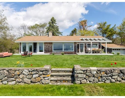 Maison unifamiliale pour l Vente à 100 Ocean Street 100 Ocean Street Manchester, Massachusetts 01944 États-Unis