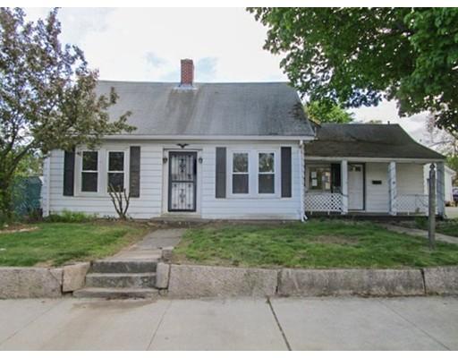 Maison unifamiliale pour l Vente à 69 W Warwick Avenue West Warwick, Rhode Island 02893 États-Unis