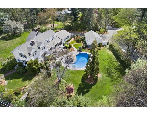 Single Family Home for Sale at 162 Old Westford Road Chelmsford, Massachusetts 01824 United States