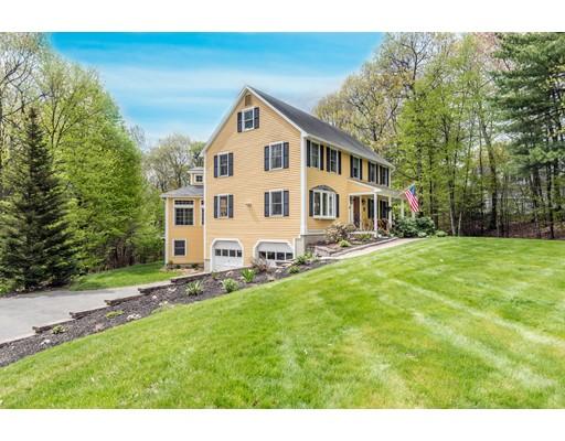 Casa Unifamiliar por un Venta en 6 Celestial Way Pepperell, Massachusetts 01463 Estados Unidos