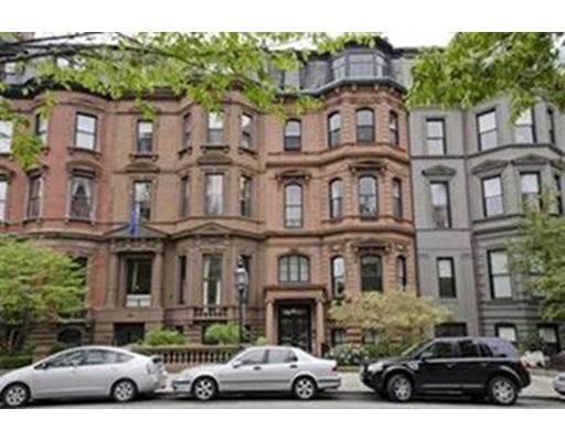 Casa Unifamiliar por un Alquiler en 46 Commonwealth Avenue Boston, Massachusetts 02116 Estados Unidos