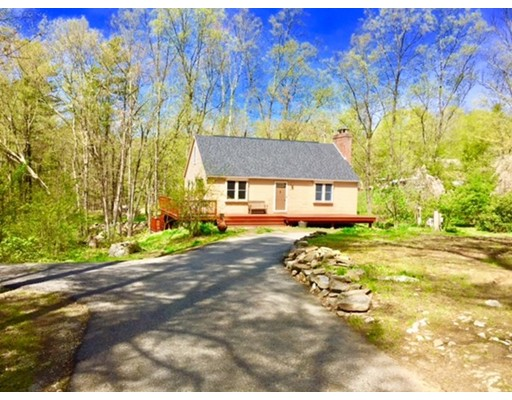 Single Family Home for Sale at 500 English Neighborhood Road Woodstock, Connecticut 06281 United States