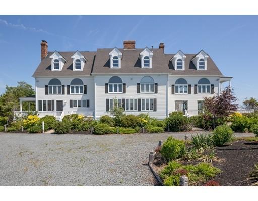 Maison unifamiliale pour l Vente à 176 Beach Street Marshfield, Massachusetts 02050 États-Unis
