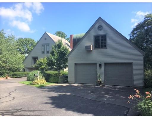 Condominio por un Venta en 36 Jackson Pond Road #36 Dedham, Massachusetts 02026 Estados Unidos