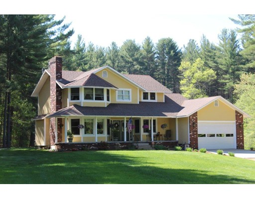 واحد منزل الأسرة للـ Sale في 169 Fisk Road Hardwick, Massachusetts 01037 United States