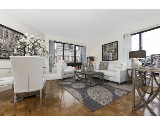 Casa Unifamiliar por un Alquiler en 28 Exeter Street Boston, Massachusetts 02116 Estados Unidos