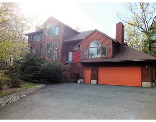 Single Family Home for Sale at 173 Southampton Road Holyoke, Massachusetts 01040 United States