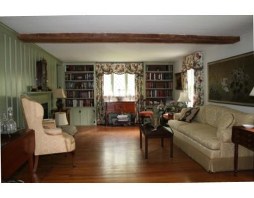 531 Lowell Street, Lynnfield, MA, 01940