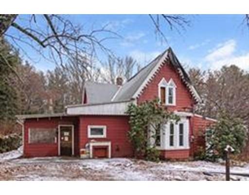 Maison unifamiliale pour l Vente à 220 Sabin Street Putnam, Connecticut 06260 États-Unis